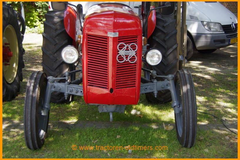 Ferguson diesel tractor tractoren inkoop verkoop oldtimers for Tractor verlichting